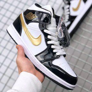 Air Jordan 1 mid small black gold